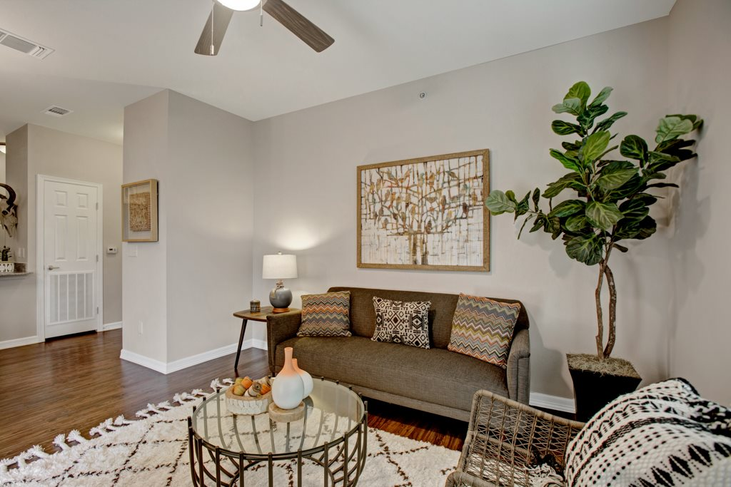 Ceiling Fans at Henderson 1575 Apartments in Los Fresnos, Texas