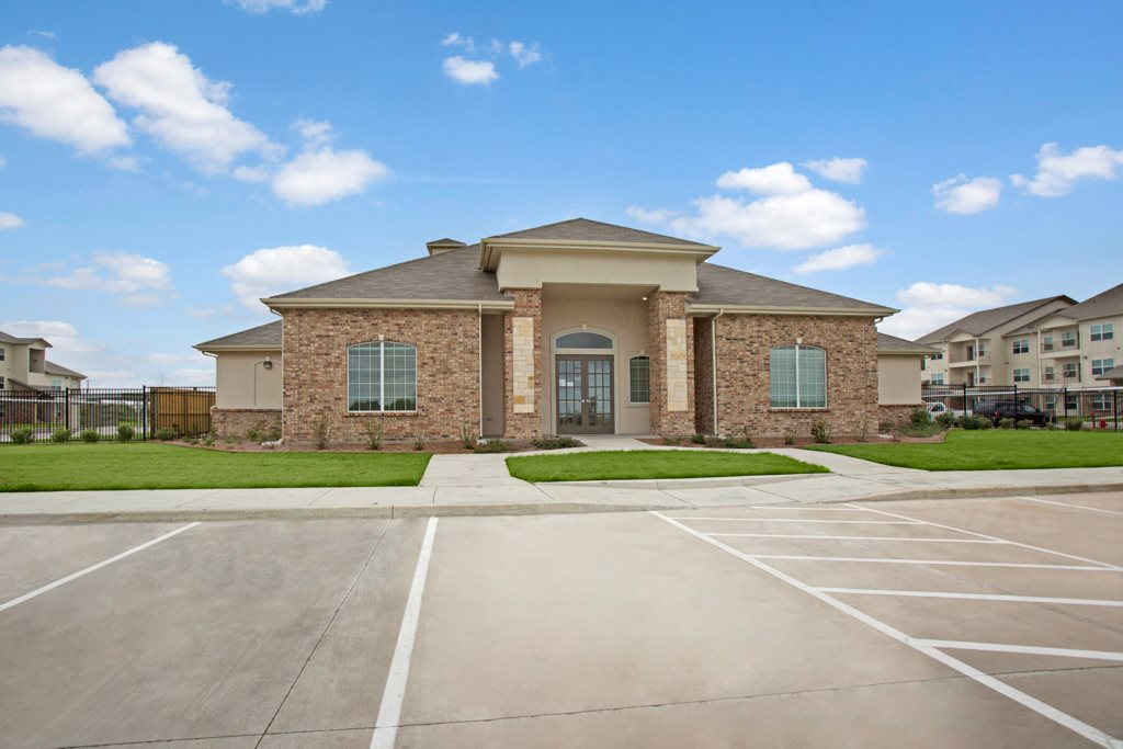 Ample Parking at Henderson 1575 Apartments in Los Fresnos, Texas