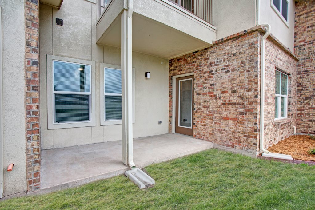 Private Patio or Balcony at Henderson 1575 Apartments in Los Fresnos, Texas