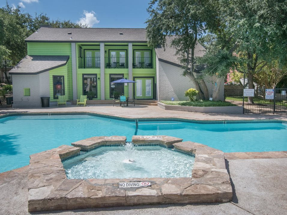 Waterscape Features and Deck at The Henry B Apartments in San Antonio, TX