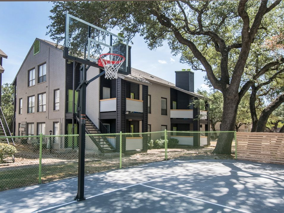 Basketball Court at The Henry B Apartments in San Antonio, TX