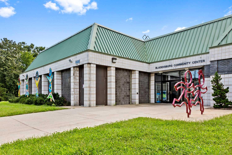 10 minutes to Bladensburg Community Center