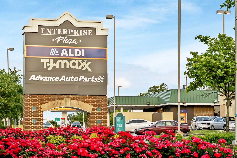 8 minutes to Enterprise Plaza shopping center near Carrollon Manor Apartments