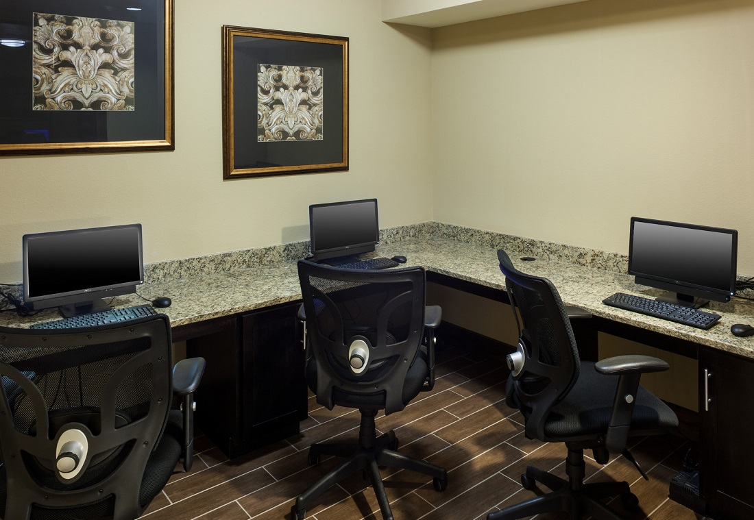 Business Center at The Heritage Village Apartments in Hurst , TX