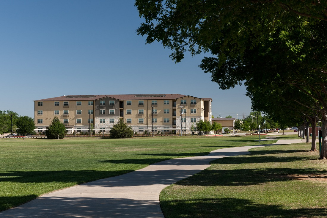 Exterior View At The Heritage Village Apartments In Hurst , TX