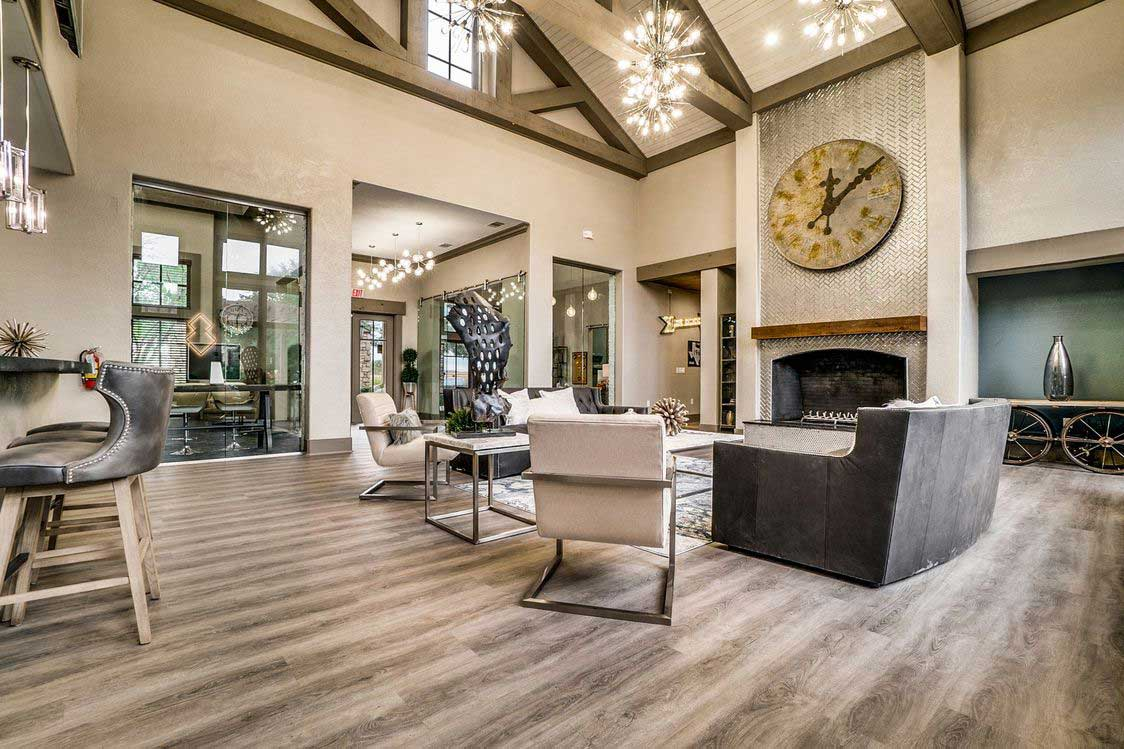 Clubhouse with Luxe Seating at Hidden Lakes Apartments in Haltom City, Texas