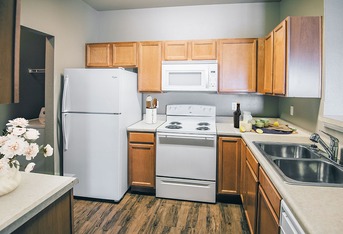 Fully Equipped Kitchen at Highland Ridge Apartments in Manhattan, Kansas
