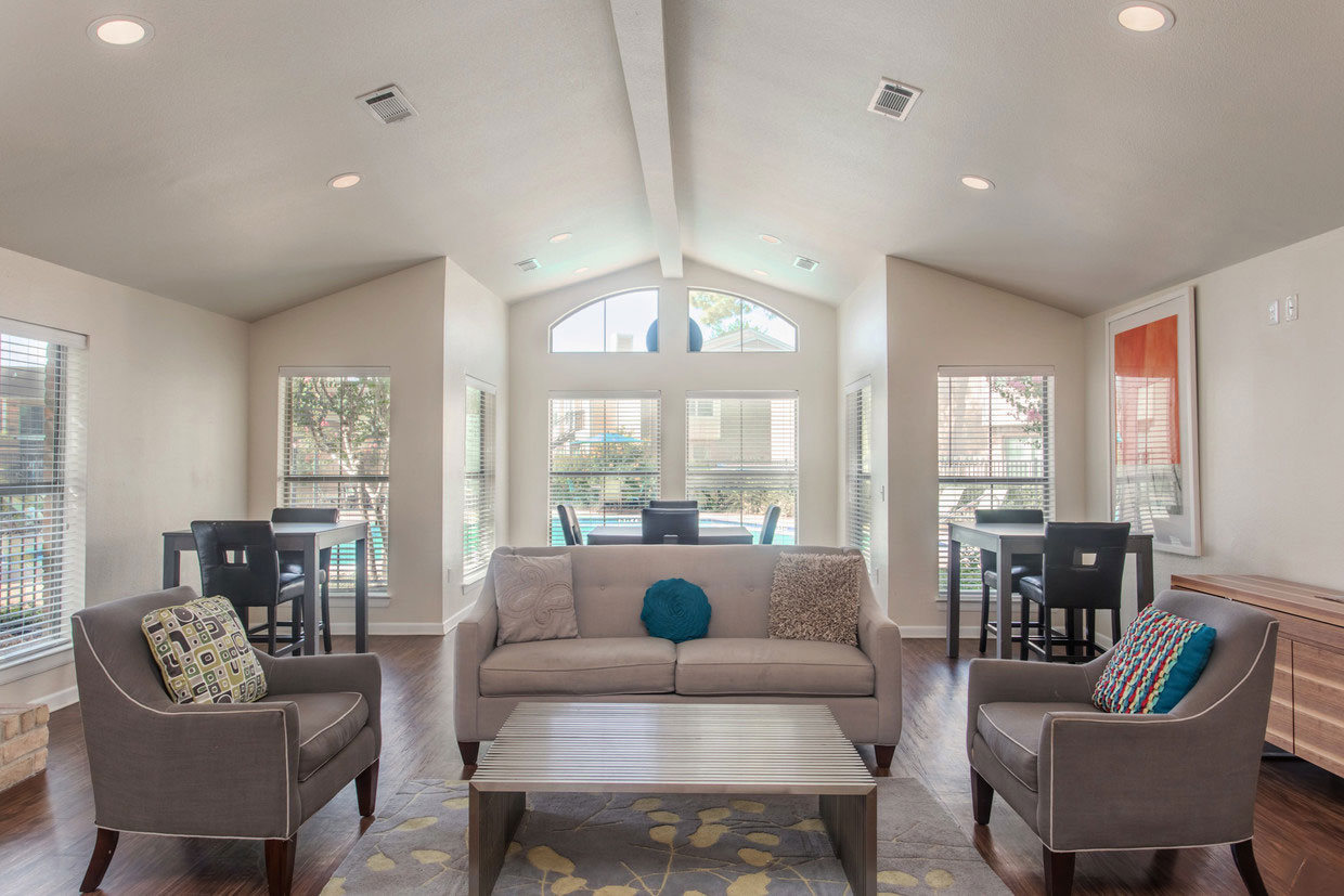 Furnished Resident Clubhouse at Holly View Apartments in Houston, TX
