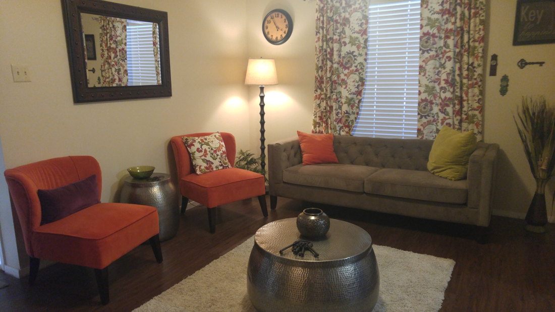 Living Room at The Hunters Point Apartments in College Station, TX