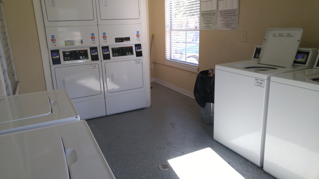 Laundry Facility at The Hunters Point Apartments in College Station, TX