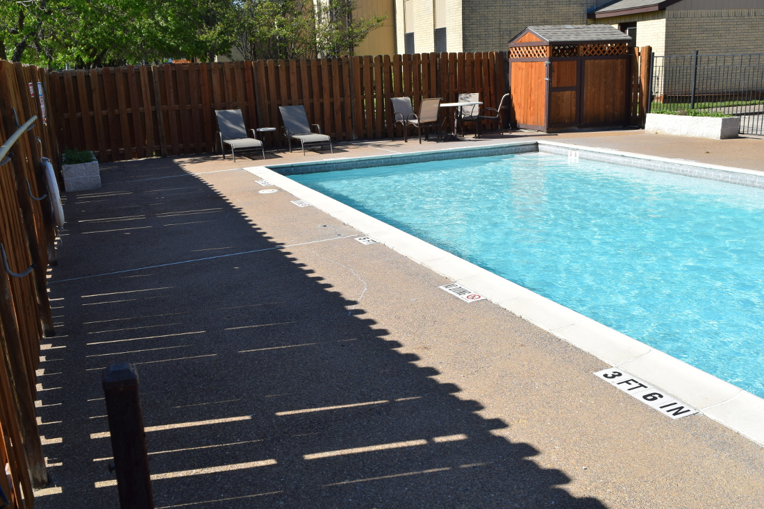 Sparkling Pool at The Hunters Point Apartments in College Station, TX
