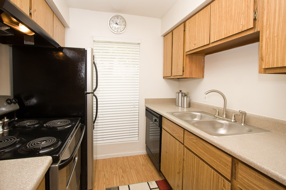 Black Kitchen Appliances at Indian Run Apartments in Abilene, TX