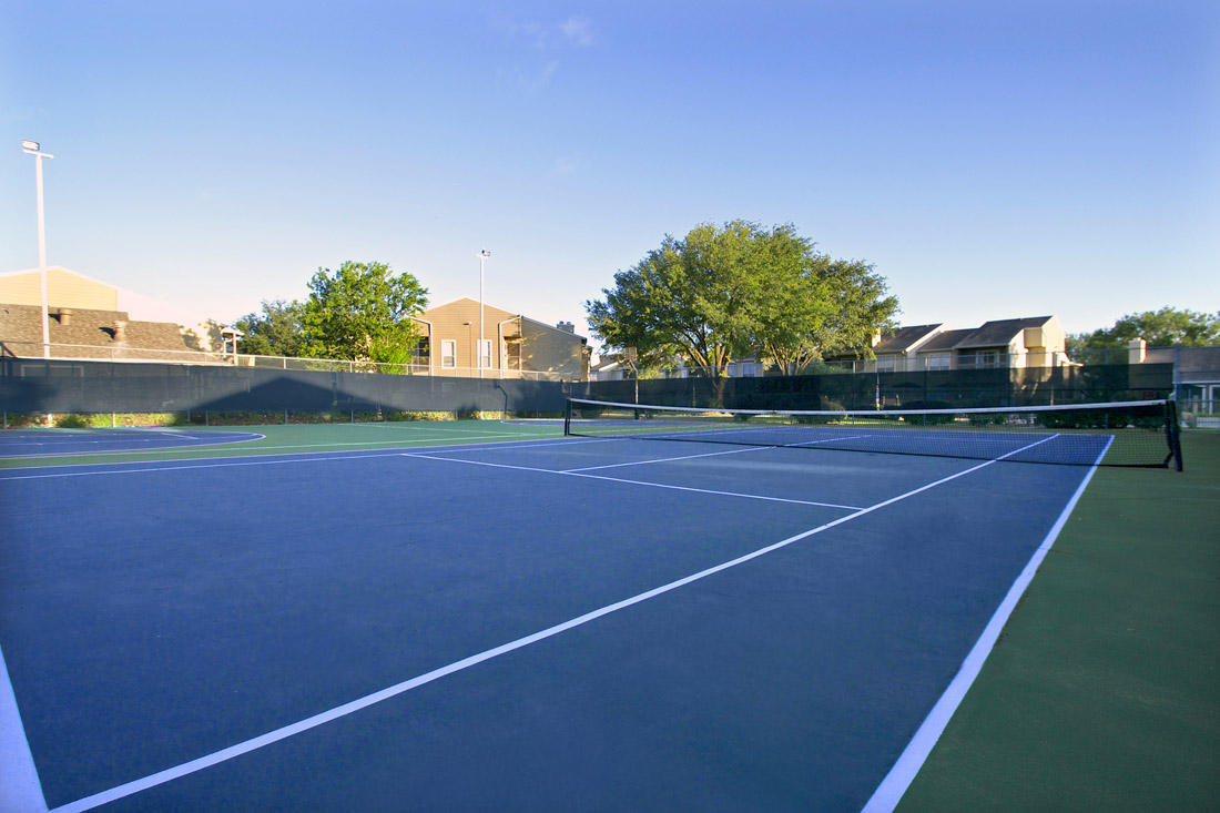 Outdoor Sports Court at Indian Run Apartments in Abilene, TX