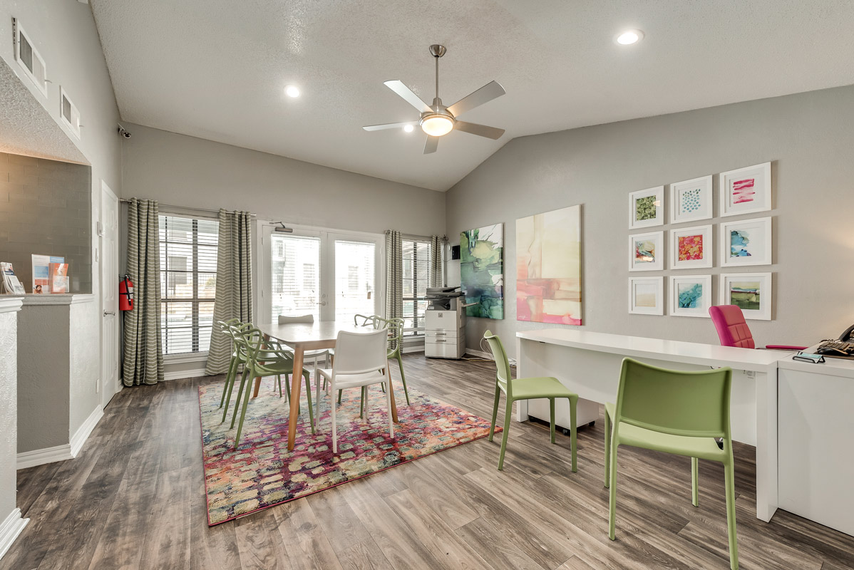 Stylish Apartments for Rent at Indigo Apartments in Dallas, TX