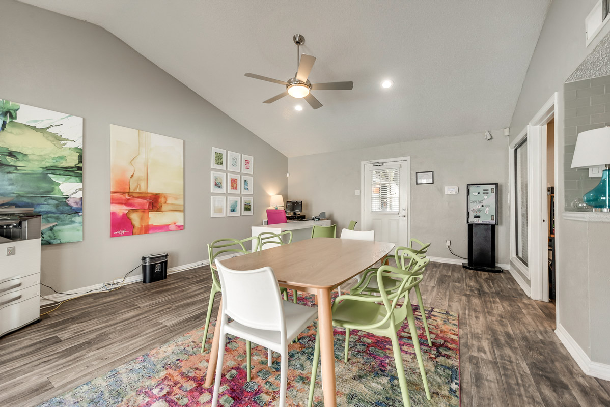 Resident Clubhouse at Indigo Apartments in Dallas, TX