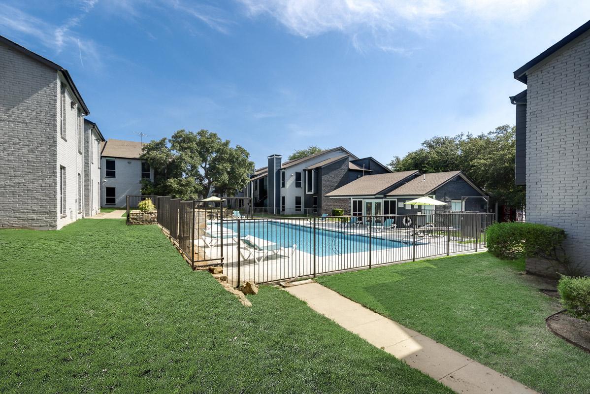 Relaxing Pool at Indigo Apartments in Dallas, TX