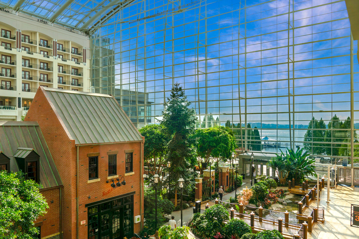 15 minutes to Gaylord National Resort & Convention Center