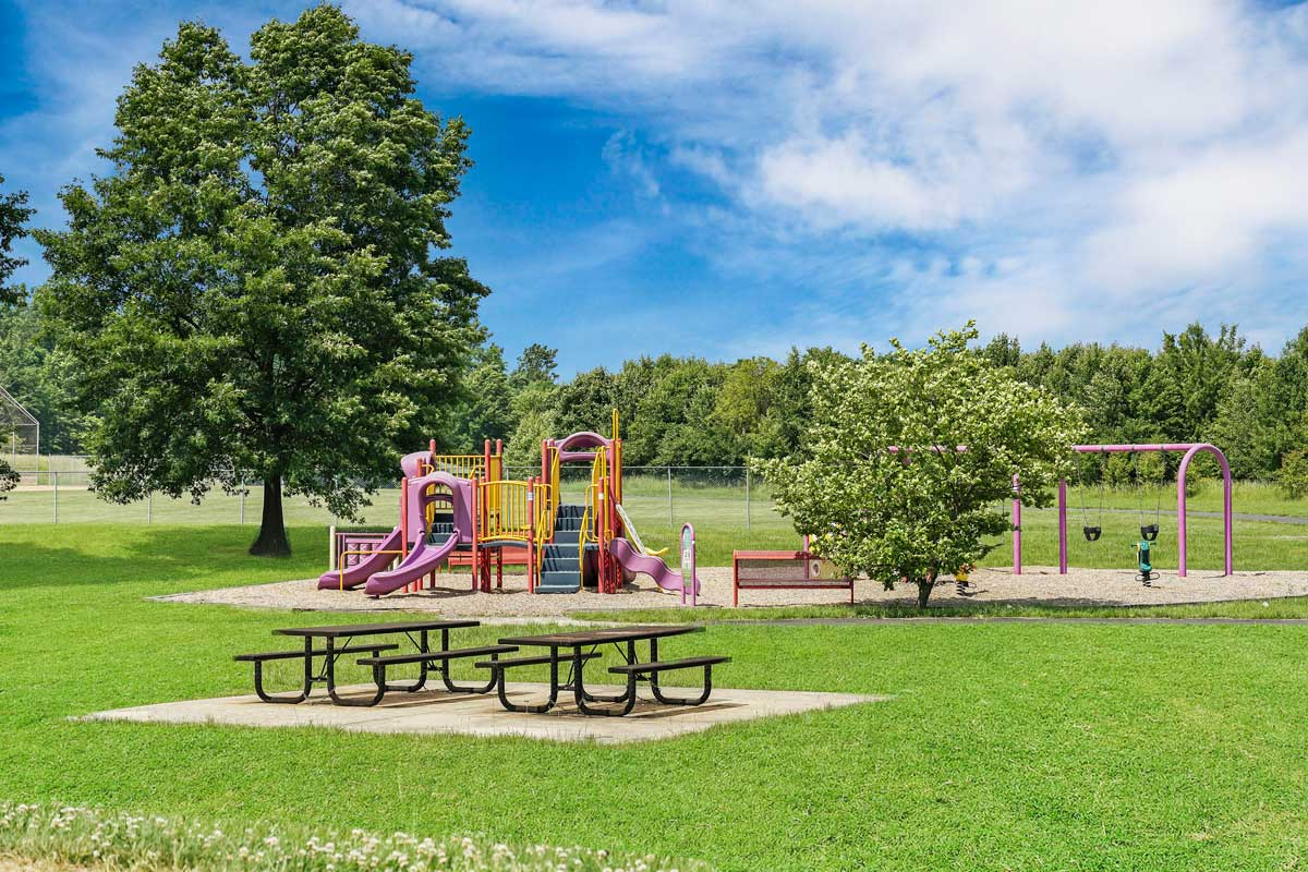 Picnic and play areas 5 minutes from Kaywood Gardens Apartments in Mount Rainier, MD