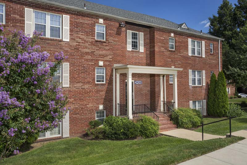 Studio, 1 and 2-bedroom apartments at Kaywood Gardens Apartments in Mount Rainier, MD
