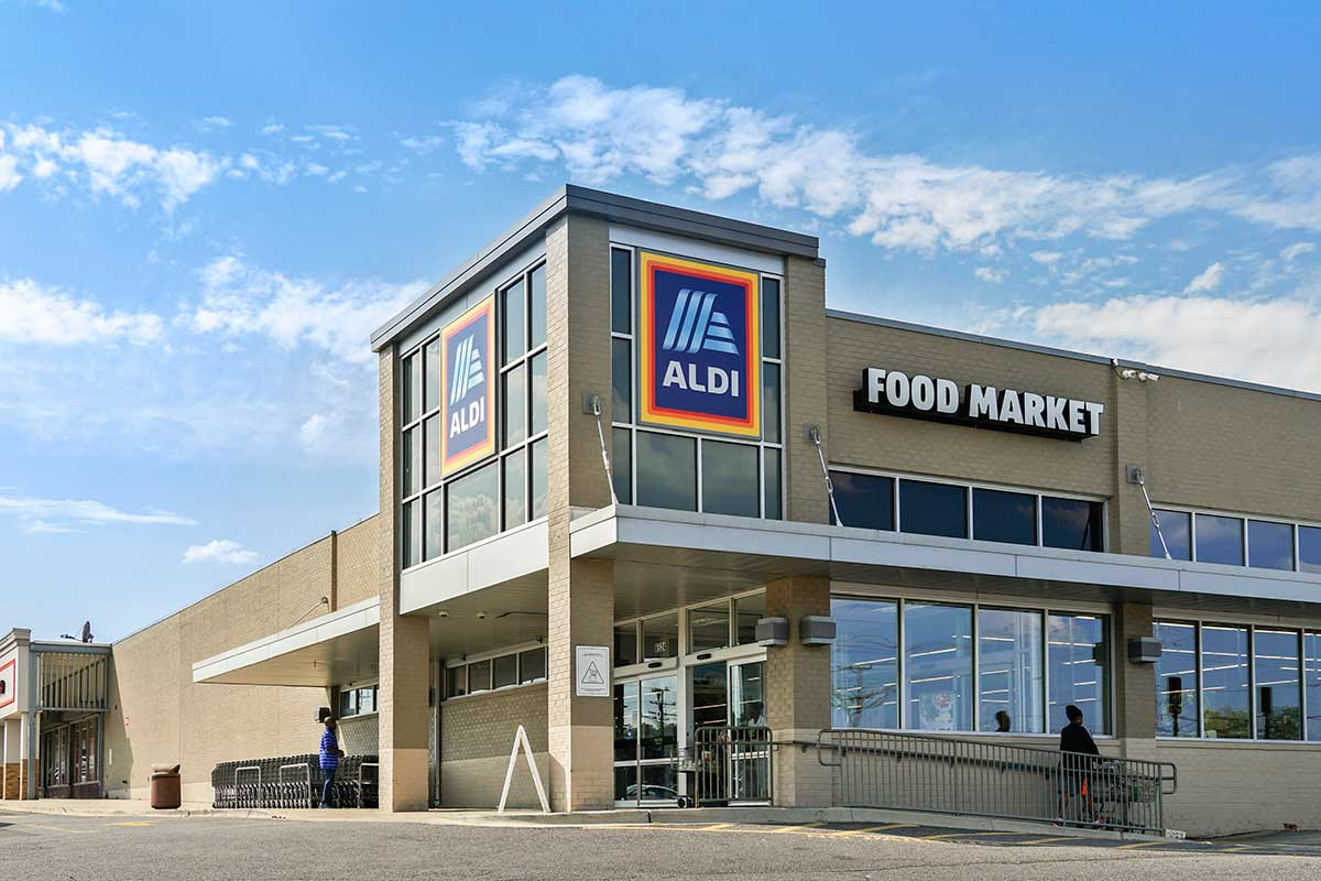 Aldi is 5 minutes from Kenilworth Towers Apartments in Bladensburg, MD