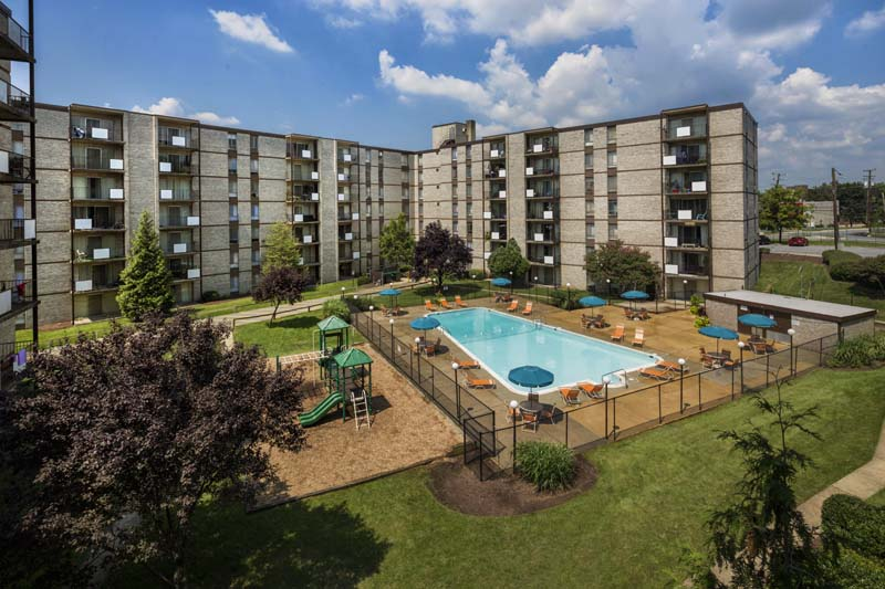 Stunning community views at Kenilworth Towers Apartments in Bladensburg, MD