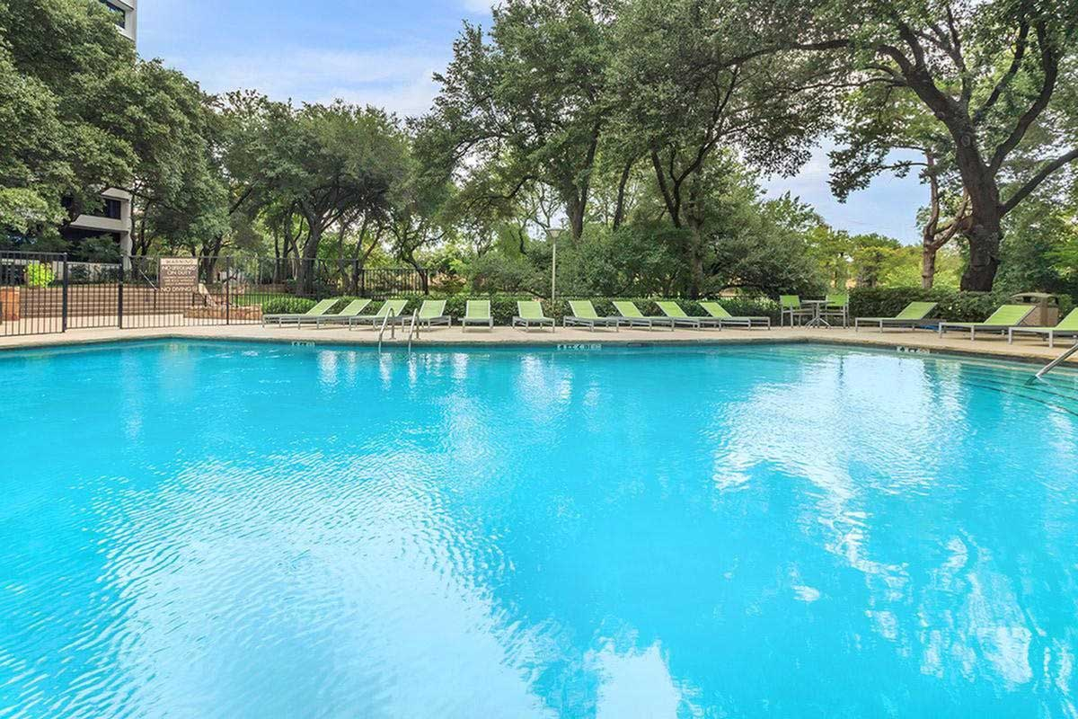 Swimming Pool at View at Kessler Park Apartments in Dallas, TX