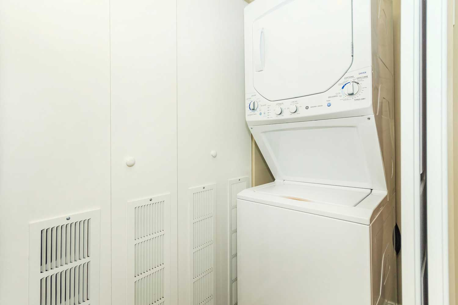 Laundry On-Site at View at Kessler Park Apartments in Dallas, TX