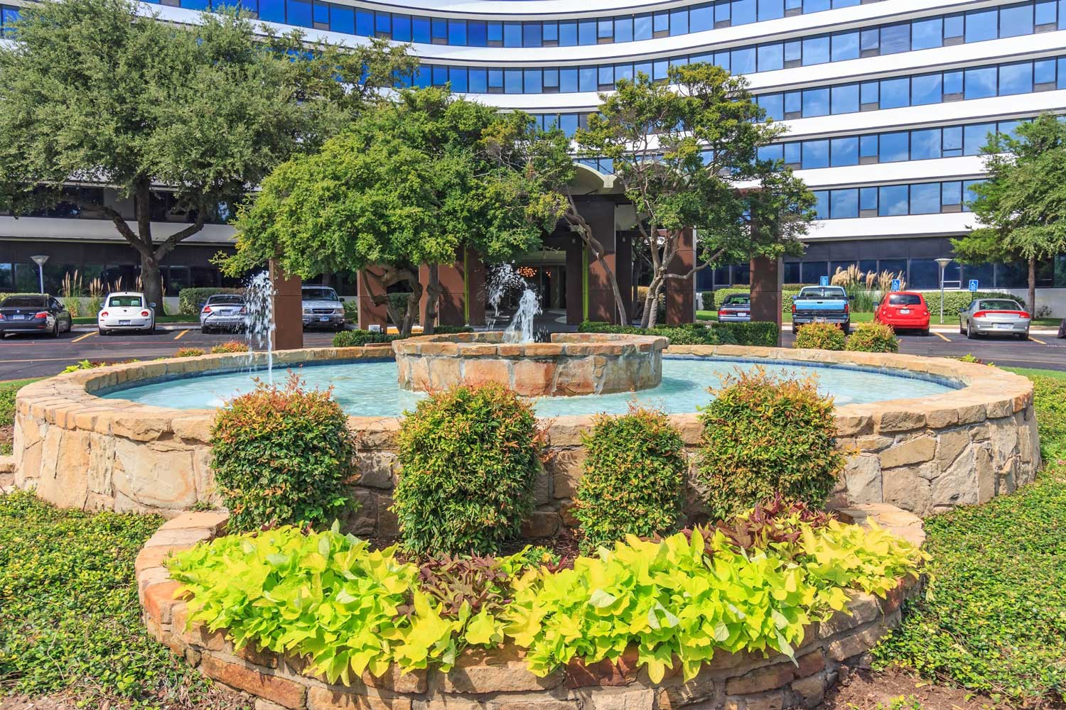 Stunning Water Features at View at Kessler Park Apartments in Dallas, TX