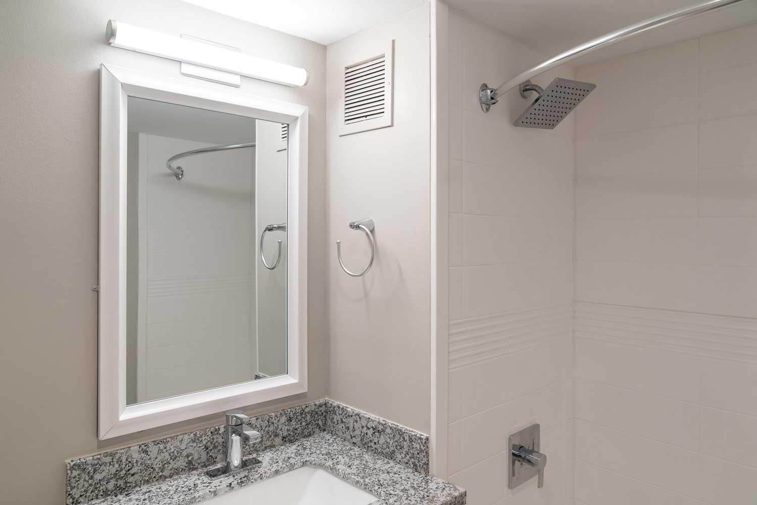 Modern Bathroom Furnishings at View at Kessler Park Apartments in Dallas, TX
