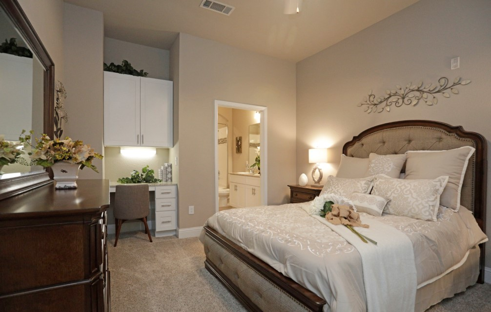 3-Bedroom Apartments for Rent at King's Cove Apartments in Kingwood, Texas