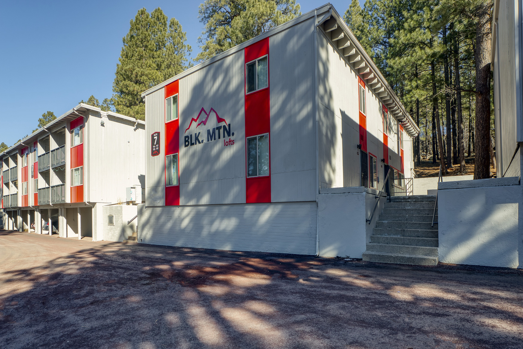 Centrally Located Apartments in Flagstaff at Blk. Mtn. Lofts Apartments in Flagstaff, Arizona