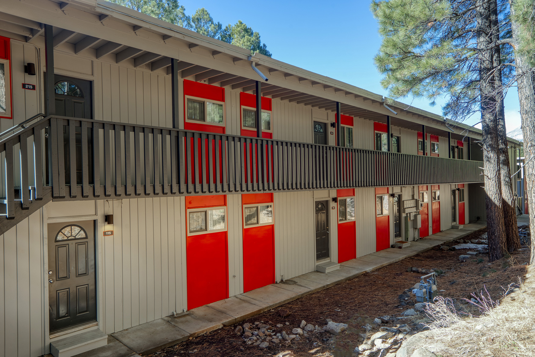 1, 2, and 3-Bedroom Apartments for Rent at Blk. Mtn. Lofts Apartments in Flagstaff, Arizona