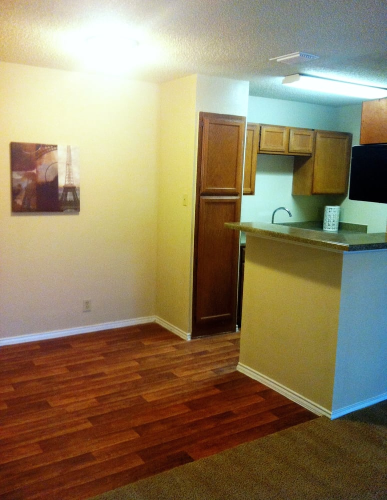 Pet-Friendly Apartments at Lakeland Apartments in Lewisville, Texas