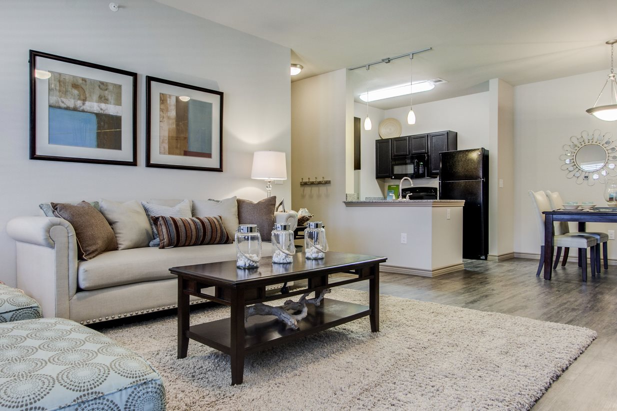 Spacious Floor Plans at The Lakeshore Apartment Homes in Lake Dallas, TX
