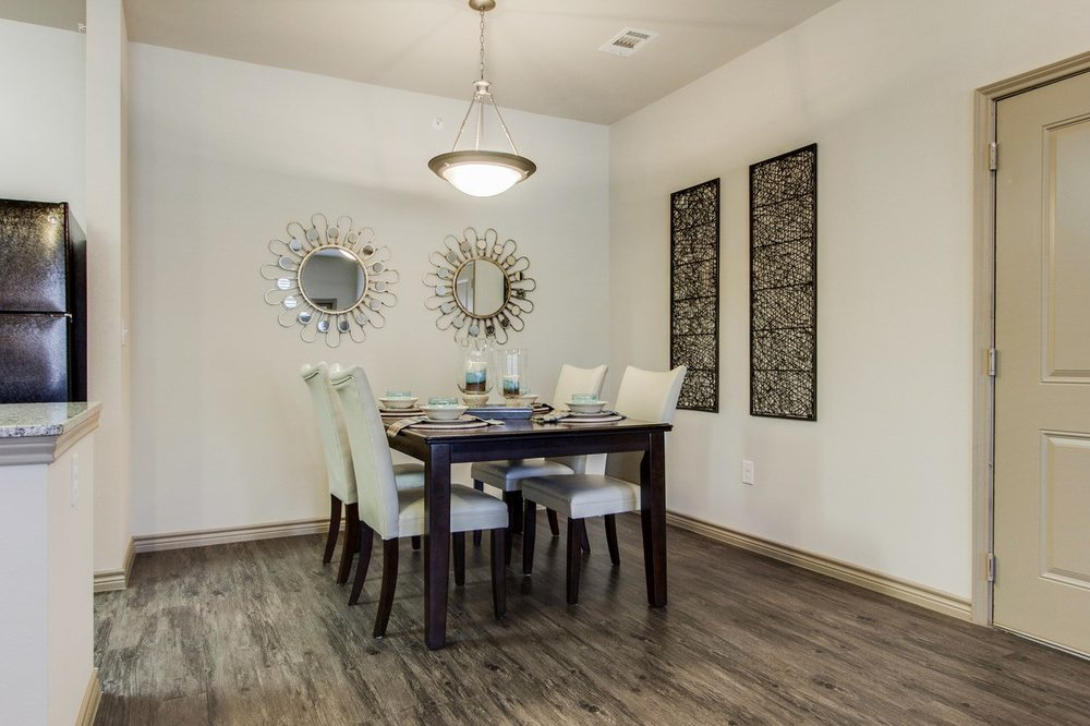 Dining Area at The Lakeshore Apartment Homes in Lake Dallas, TX