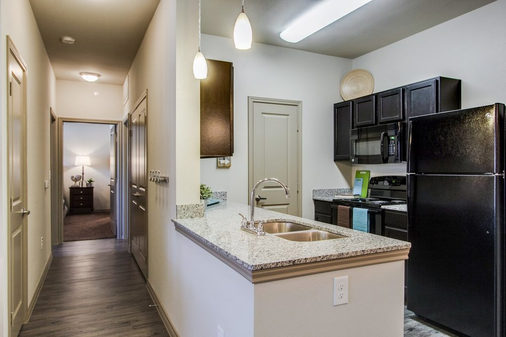 Modern Kitchen at The Lakeshore Apartment Homes in Lake Dallas, TX