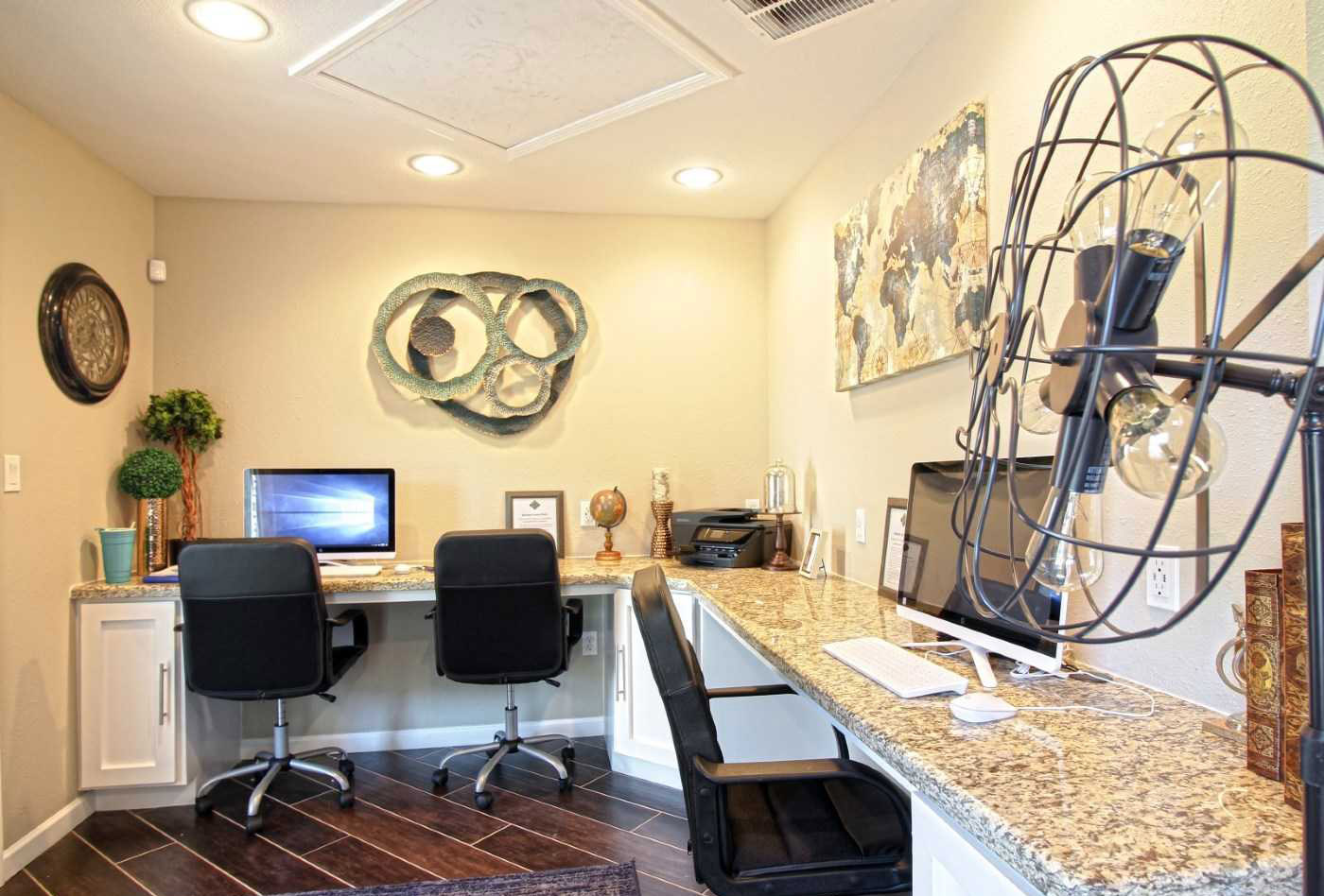 Business Center at La Maison at Lake Cove Apartments in Seabrook, Texas