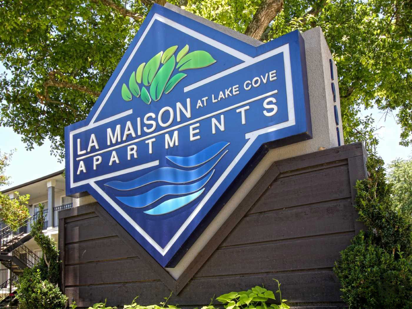 Apartments for Rent in Seabrook at La Maison at Lake Cove Apartments in Seabrook, Texas