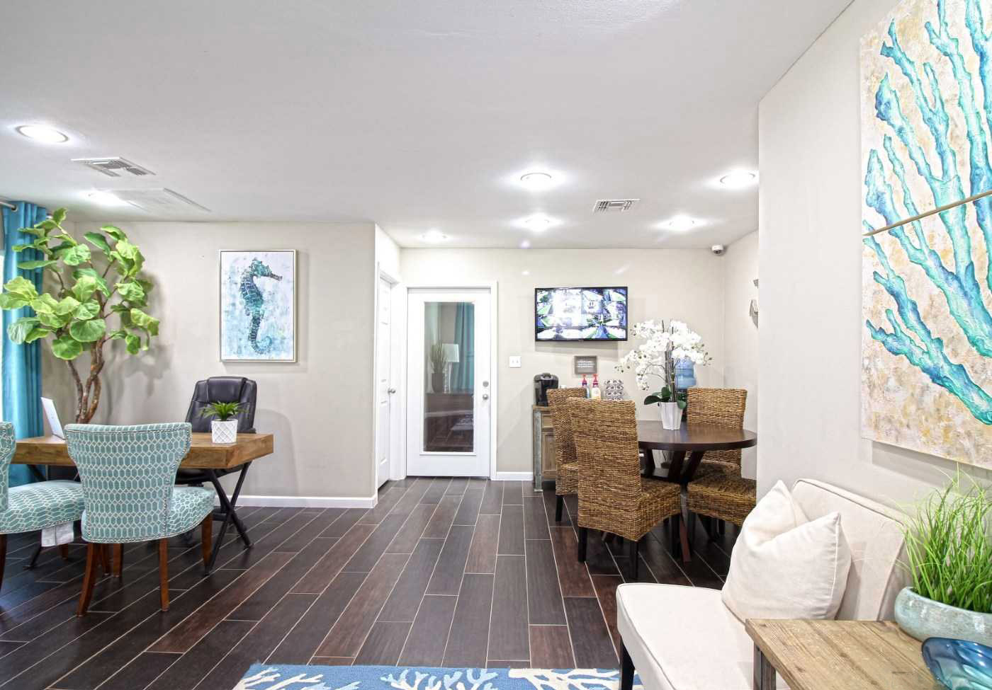 Contemporary Clubhouse at La Maison at Lake Cove Apartments in Seabrook, Texas