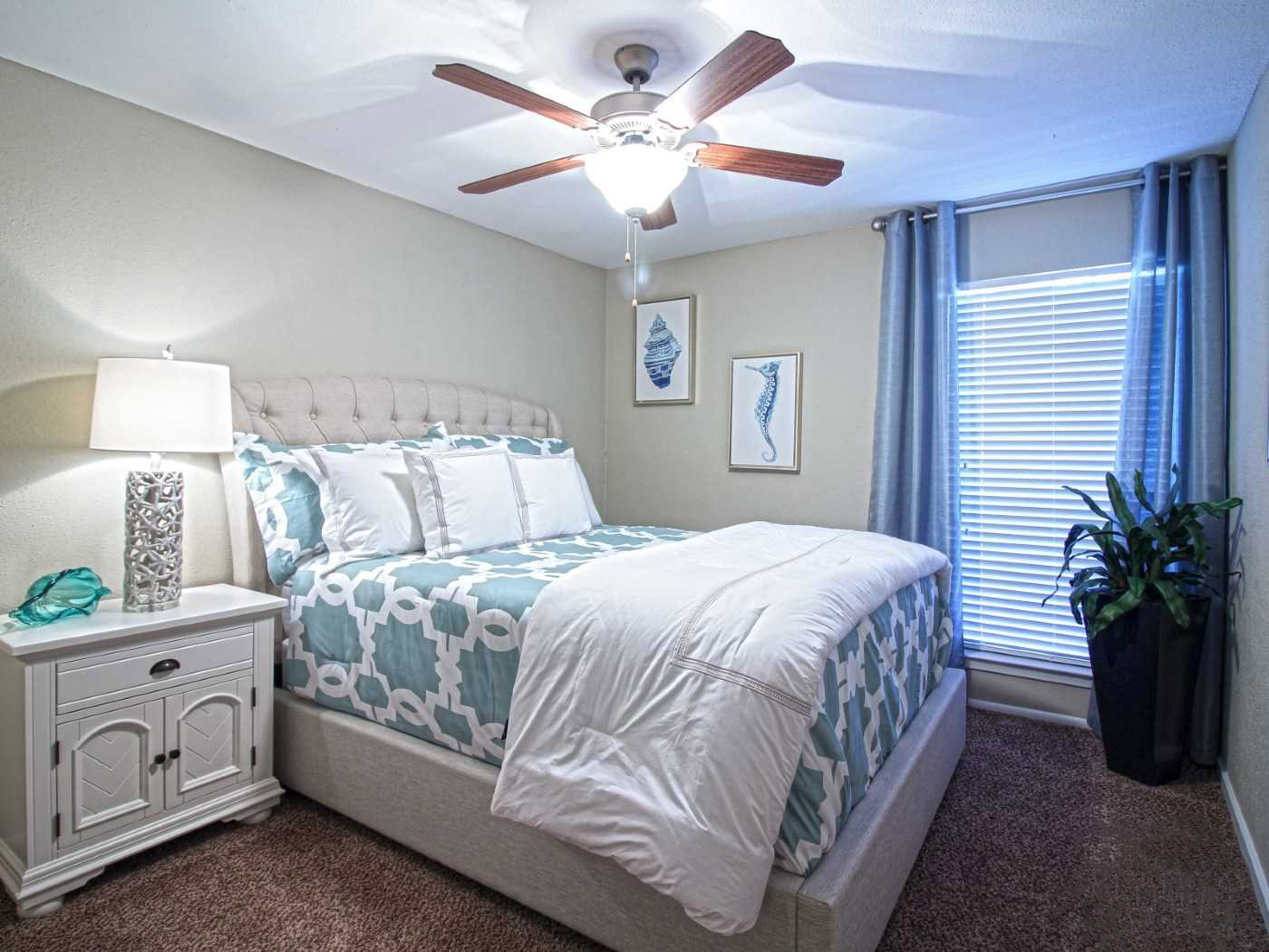One Bedroom Apartments for Rent at La Maison at Lake Cove Apartments in Seabrook, Texas