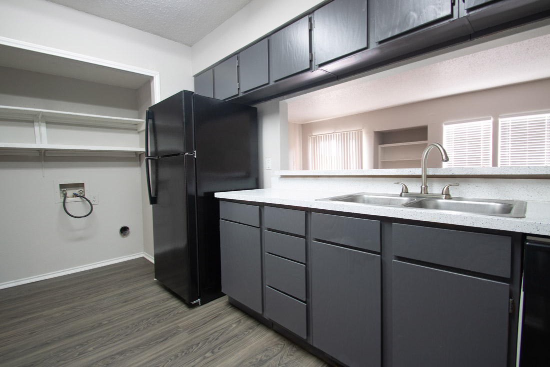 Well-Equipped Kitchen at Las Brisas Apartments in San Antonio, TX