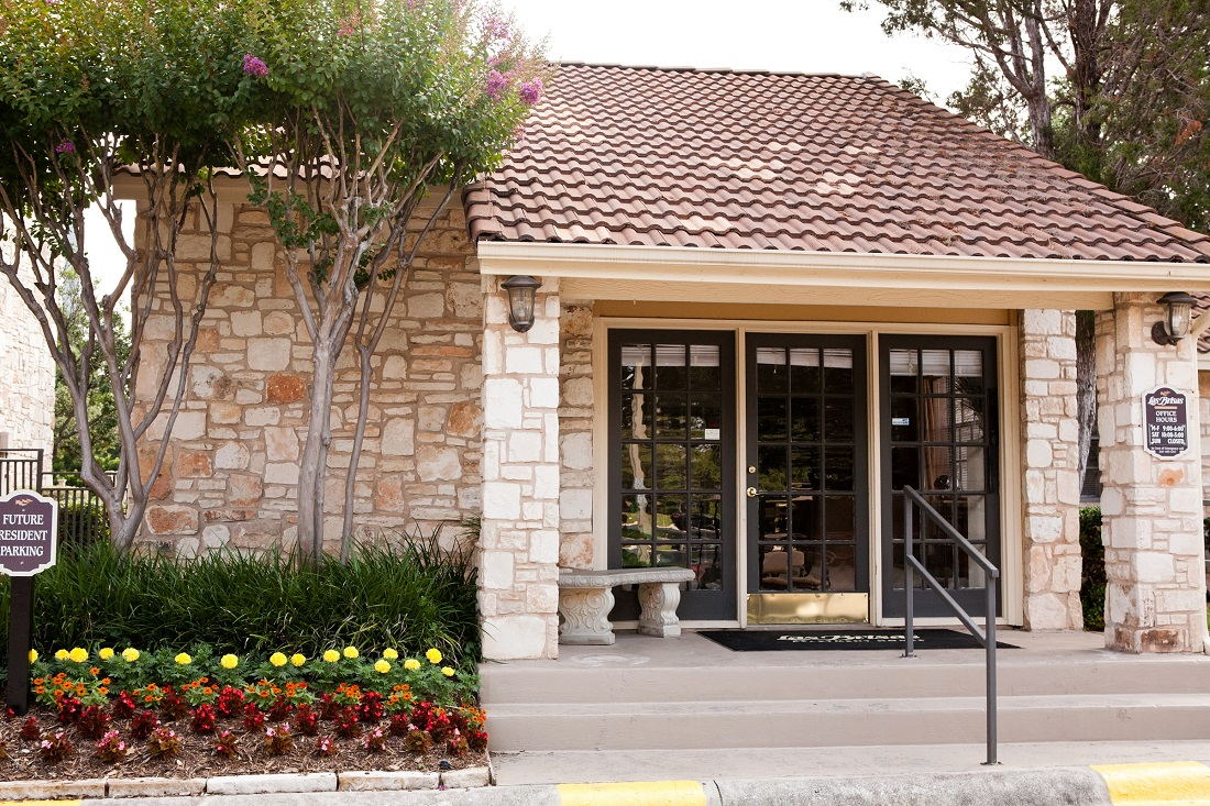 Leasing Office at Las Brisas Apartments in San Antonio, TX
