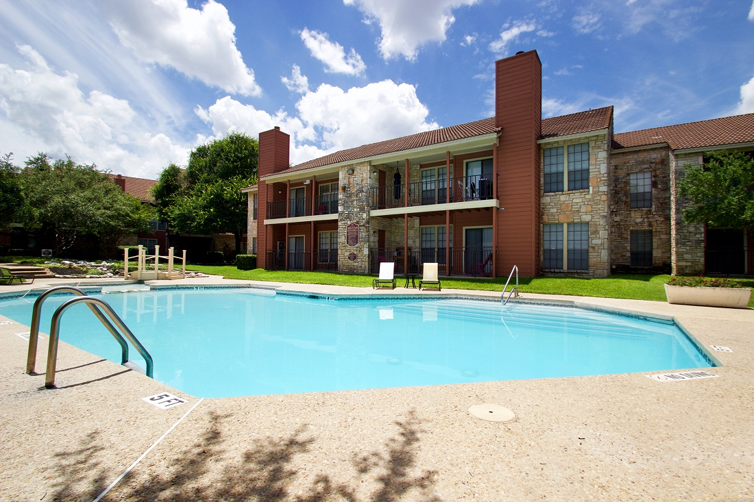 Sparkling Swimming Pool at Las Brisas Apartments in San Antonio, TX