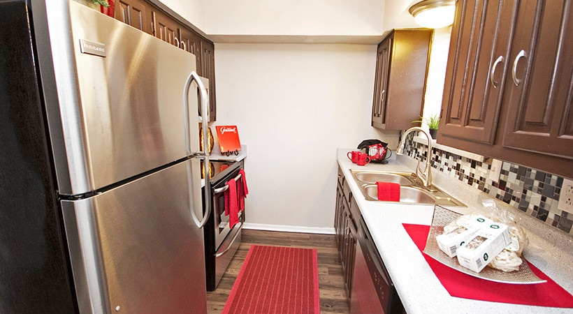 Fully-Equipped Kitchen at Las Casitas Apartments in DeSoto, Texas