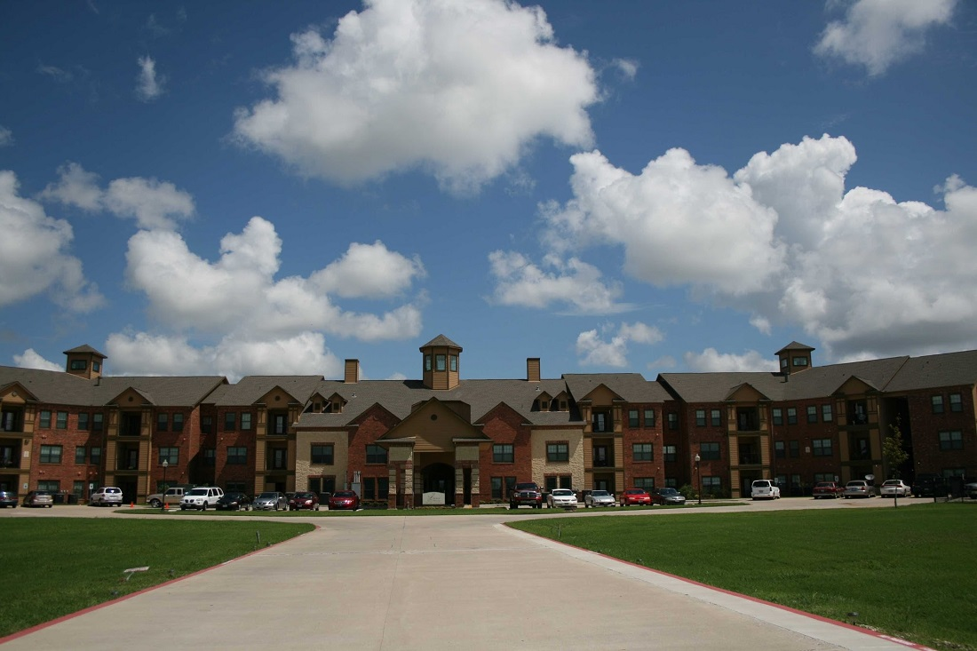 Exterior View of the Legacy Senior Apartments at Port Arthur, TX