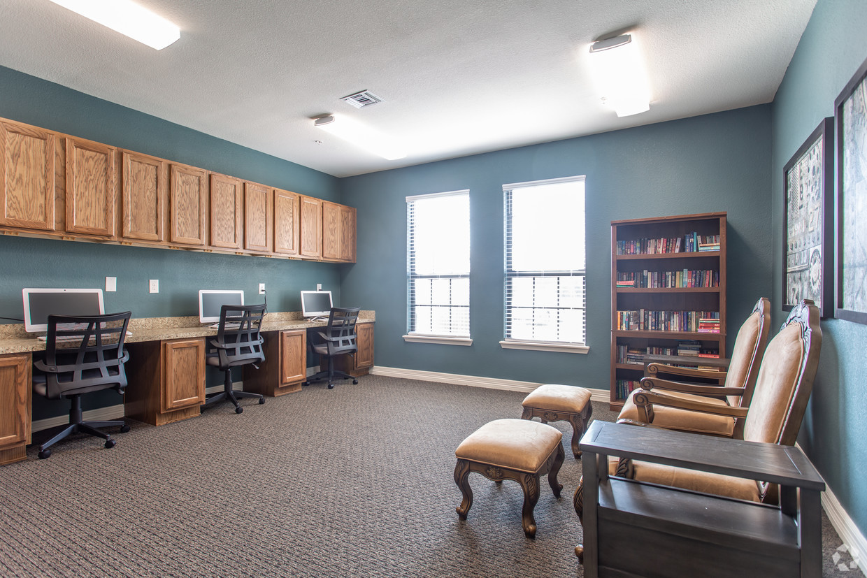 Computer Room/Library