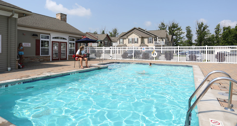Outdoor Heated Swimming Pool at Lehigh Park Apartments.