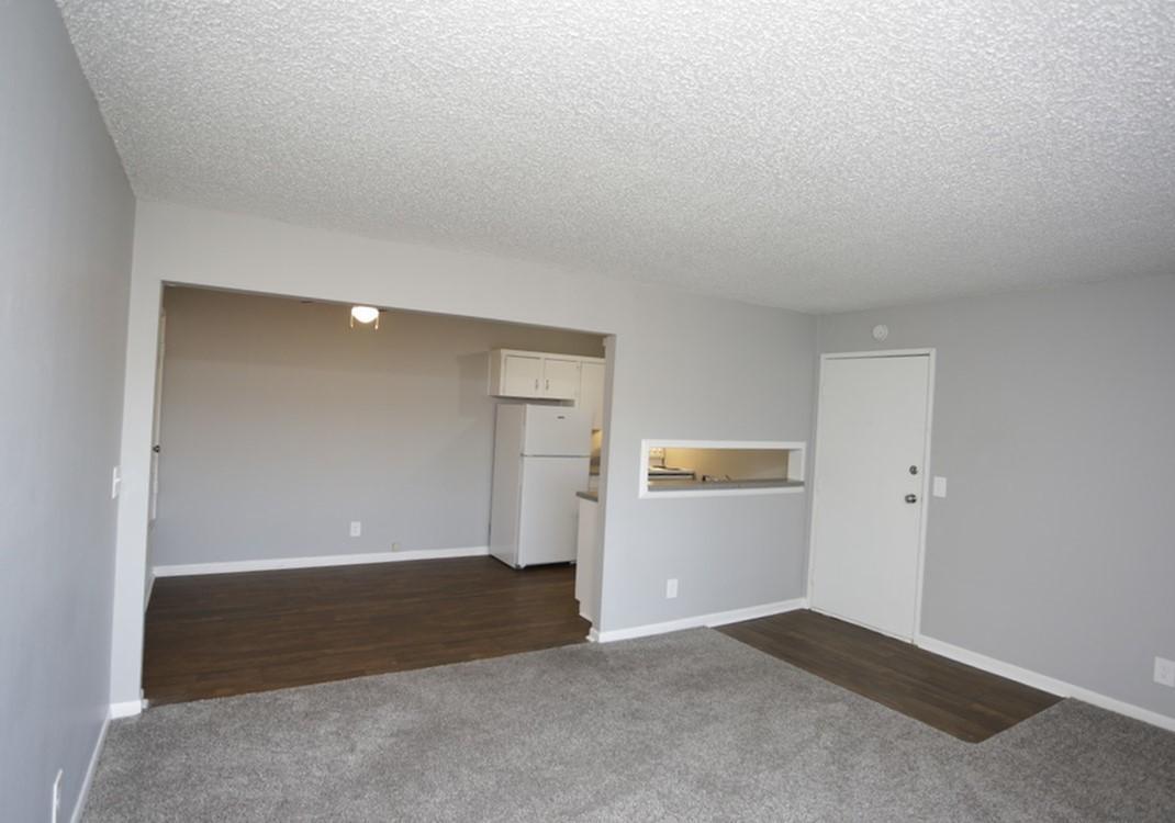 Living Room at Liberty View Apartments in Liberty, MO