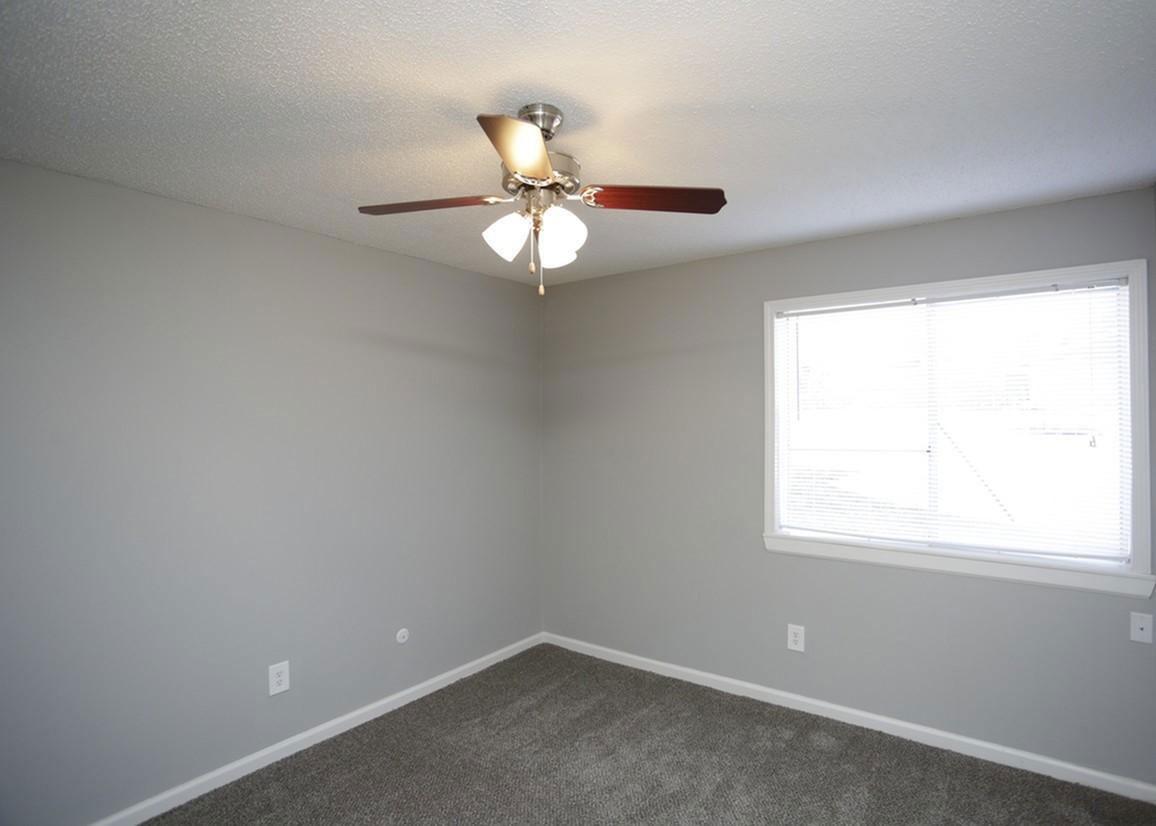 Maintenance-Free Living at Liberty Heights Apartments in Liberty, MO