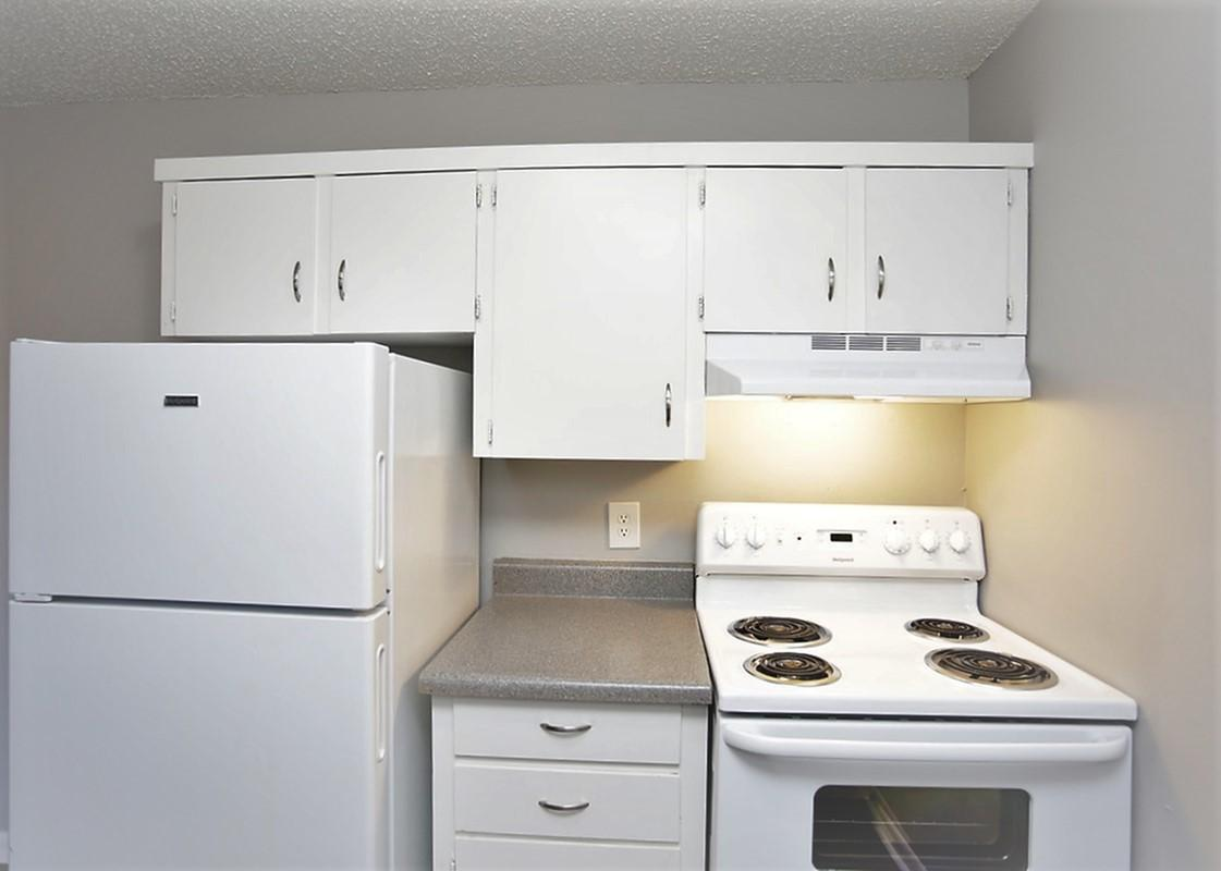 Fully Equipped Kitchen at Liberty View Apartments in Liberty, MO